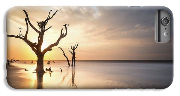 Bull iPhone 8 Plus Case - Bulls Island Sunrise by Ivo Kerssemakers