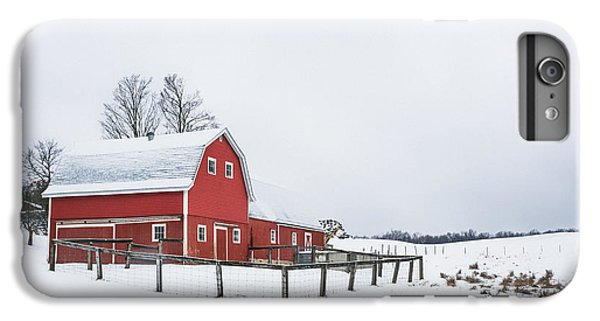 New England Barn iPhone 8 Plus Case - In A Rural Atmosphere by Evelina Kremsdorf