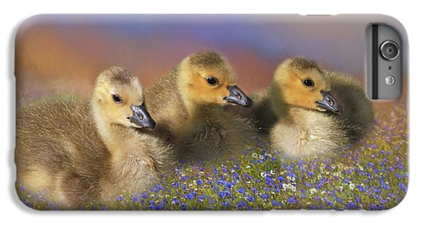 Gosling iPhone 8 Plus Case - Innocence by Donna Kennedy