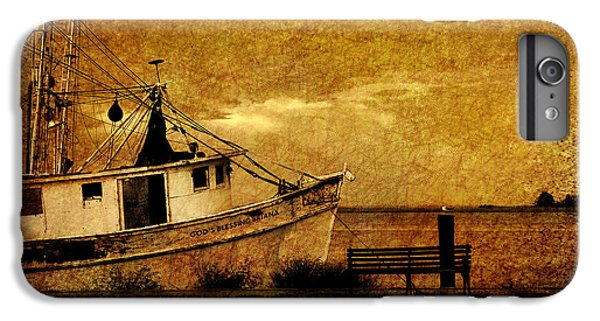 Shrimp Boats iPhone 8 Plus Case - Living In The Past by Susanne Van Hulst