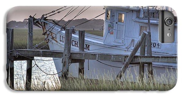 Shrimp Boats iPhone 8 Plus Case - Lowcountry Shrimp Boat Sunset by Dustin K Ryan