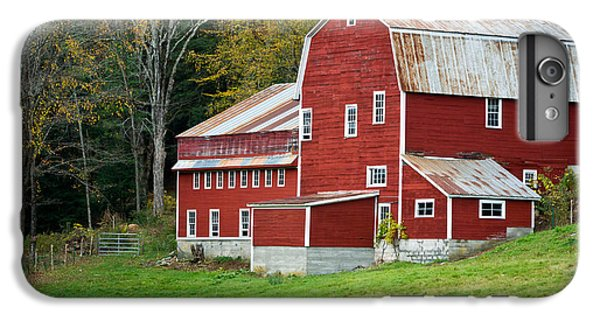 New England Barn iPhone 8 Plus Case - Old Red Vermont Barn by Edward Fielding