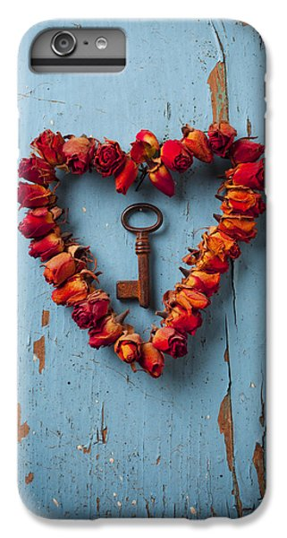 Rose iPhone 8 Plus Case - Small Rose Heart Wreath With Key by Garry Gay