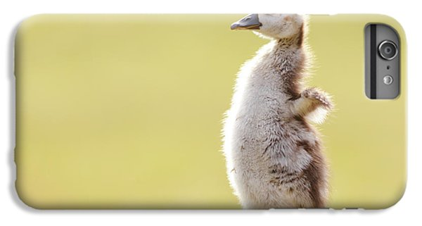 Gosling iPhone 8 Plus Case - The Happy Chick - Happy Easter by Roeselien Raimond