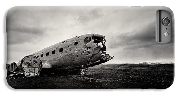 Airplane iPhone 8 Plus Case - The Solheimsandur Plane Wreck by Tor-Ivar Naess