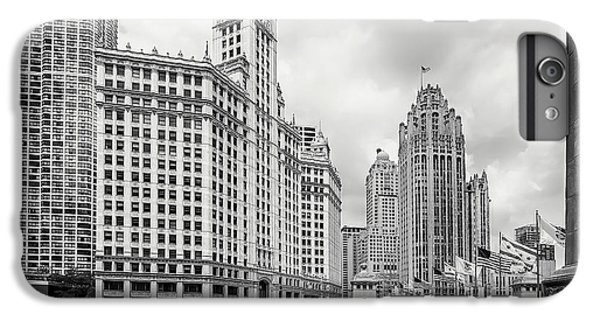 Chicago River iPhone 8 Plus Case - Wrigley Building Chicago by Adam Romanowicz