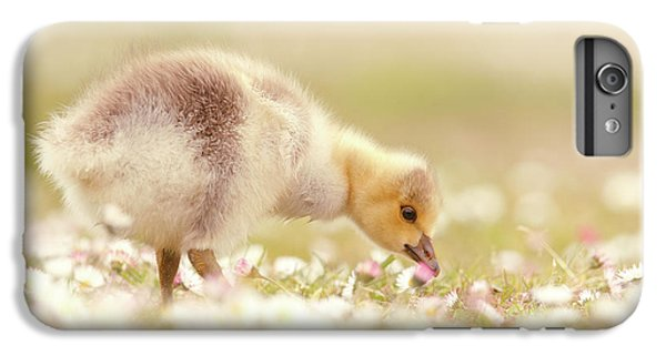 Gosling iPhone 8 Plus Case - Cute Overload Series - Grazing Gosling by Roeselien Raimond