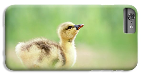 Gosling iPhone 8 Plus Case - Facing A Brand New Future by Roeselien Raimond