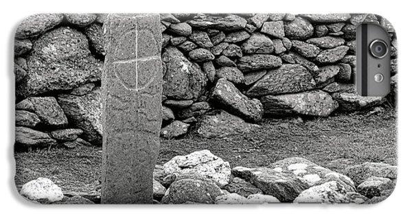 Celtic Cross iPhone 8 Plus Case - Gaelic Grave by Olivier Le Queinec