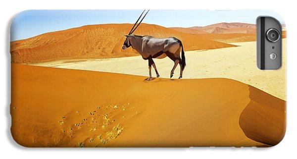 Shrub iPhone 8 Plus Case - Wandering Dune Of Sossuvlei In Namibia by Mezzotint