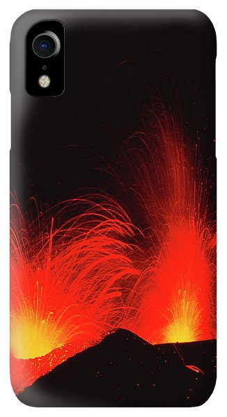 Etna iPhone XR Case - Mount Etna Volcano Erupting by Jeremy Bishop/science Photo Library