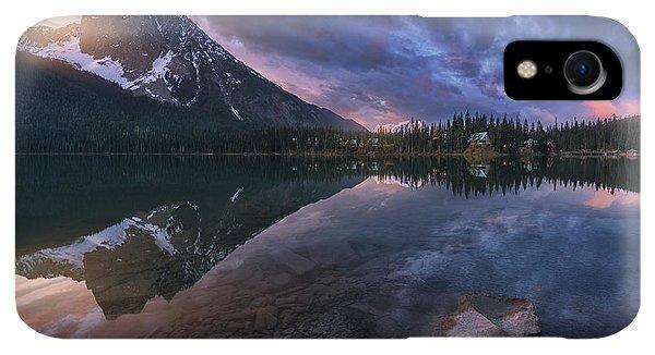 Rocky Mountain iPhone XR Case - Emerald Light. by Juan Pablo De