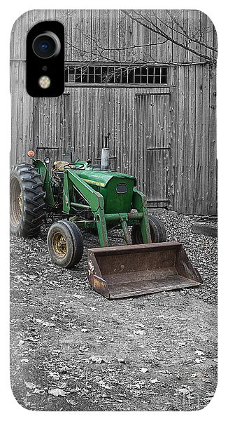 Etna iPhone XR Case - Old Tractor By The Barn Etna New Hampshire by Edward Fielding