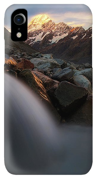 Rocky Mountain iPhone XR Case - The Last Light by Yan Zhang