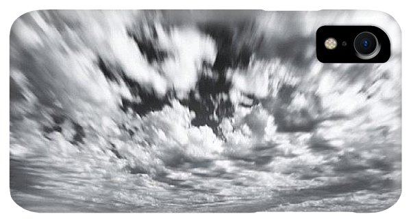 iPhone XR Case - We Have Had Lots Of High Clouds And by Larry Marshall