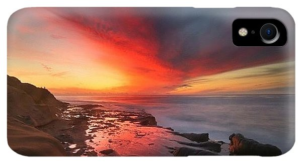 iPhone XR Case - Long Exposure Sunset In La Jolla by Larry Marshall