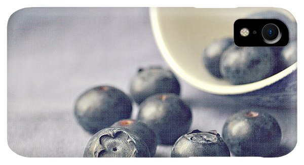 iPhone XR Case - Bowl Of Blueberries by Lyn Randle