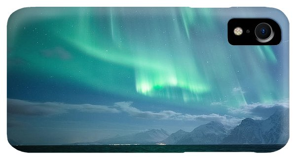 Winter iPhone XR Case - Crashing Waves by Tor-Ivar Naess