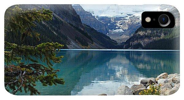 Rocky Mountain iPhone XR Case - Lake Louise 2 by Larry Ricker