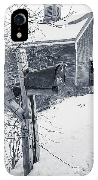 Etna iPhone XR Case - Old Rural Mailbox In Front Of An Old Barn by Edward Fielding