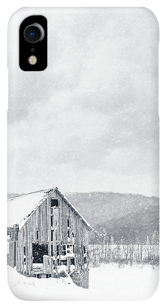Etna iPhone XR Case - Old Barn Snowstorm by Edward Fielding