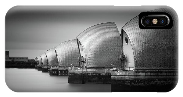 The Thames Iphone Xs Cases Fine Art America