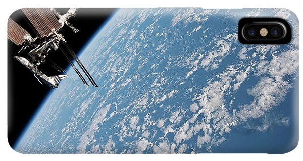 International Space Station iPhone XS Max Case - Iss And Space Shuttle by Nasa/science Photo Library