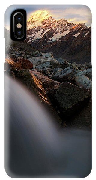 Rocky Mountain iPhone XS Max Case - The Last Light by Yan Zhang