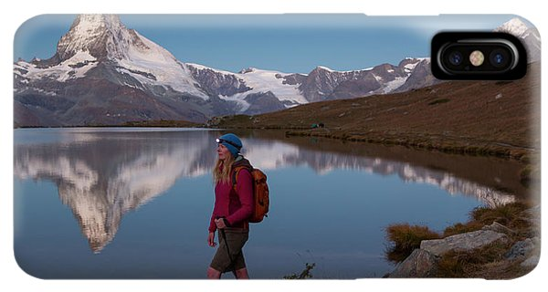 Knit Hat iPhone XS Max Case - With The Matterhorn In The Background by Menno Boermans