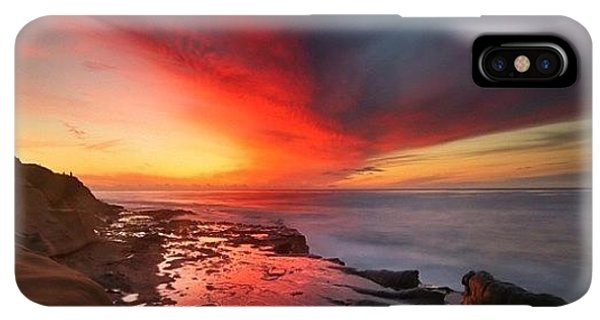iPhone XS Max Case - Long Exposure Sunset In La Jolla by Larry Marshall