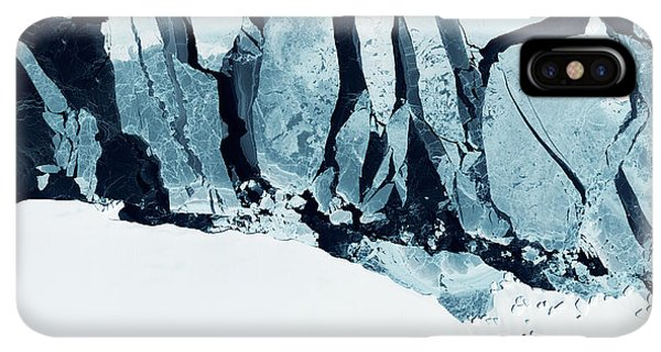 Rocky Mountain iPhone XS Max Case - Glaciers Of Greenland. Some Graphics by Strahil Dimitrov