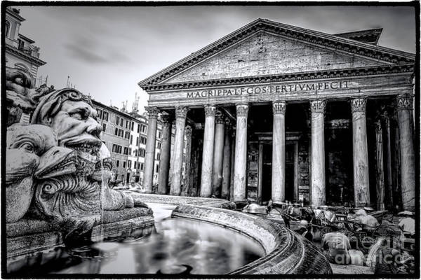 0786 The Pantheon Black And White Poster