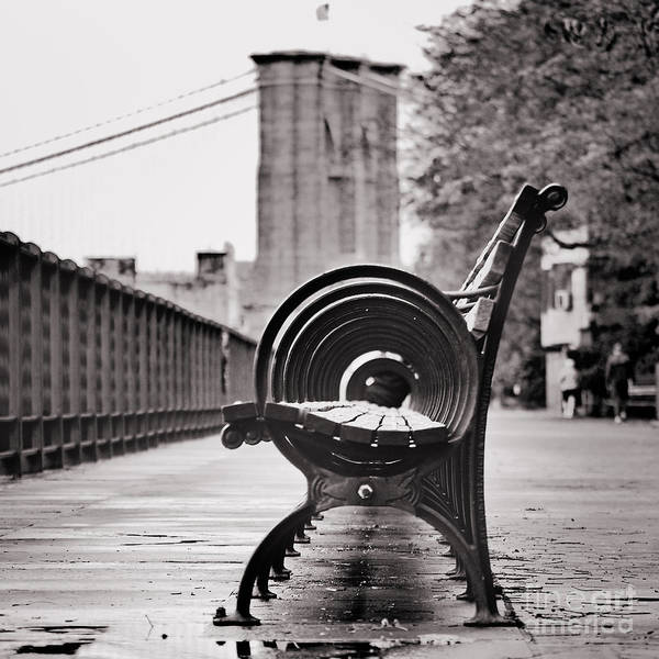 Bench's Circles And Brooklyn Bridge - Brooklyn Heights Promenade - New York City Poster