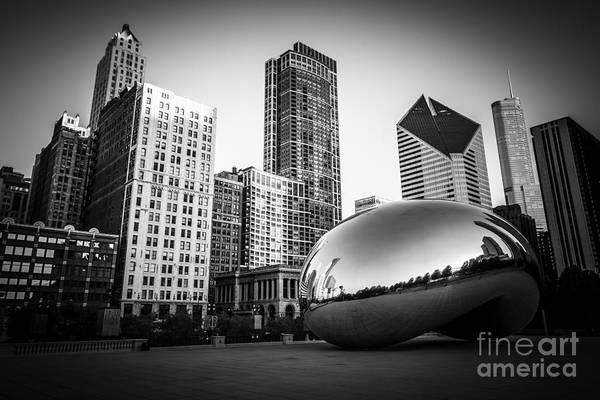 Cloud Gate Bean Chicago Skyline In Black And White Poster