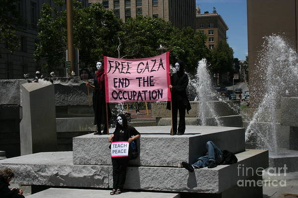 Free Gaza Poster
