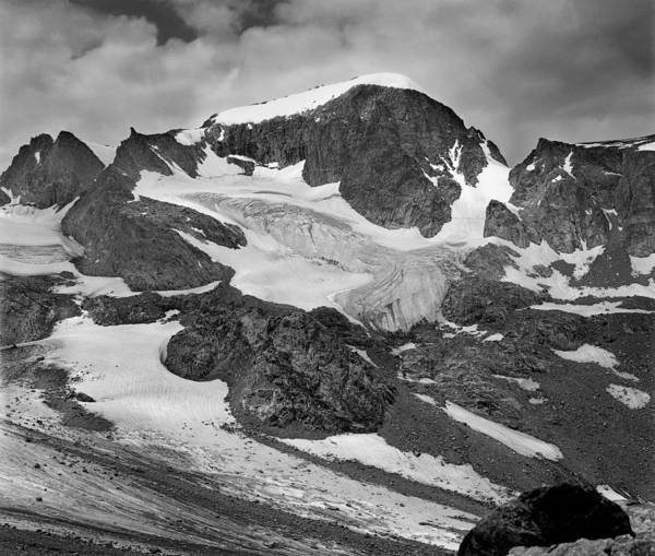509427-bw-gannett Peak And Gooseneck Glacier, Wind Rivers Poster