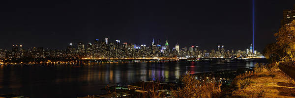 Midtown Manhattan To The Tribute Lights Poster