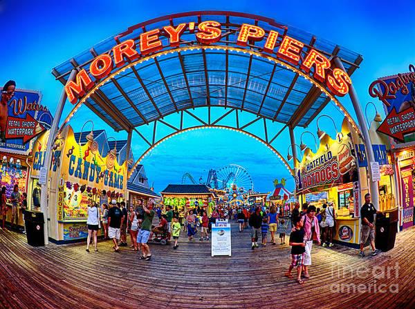 Moreys Piers In Wildwood Poster