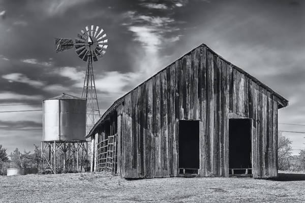 Old Barn No Wind Poster