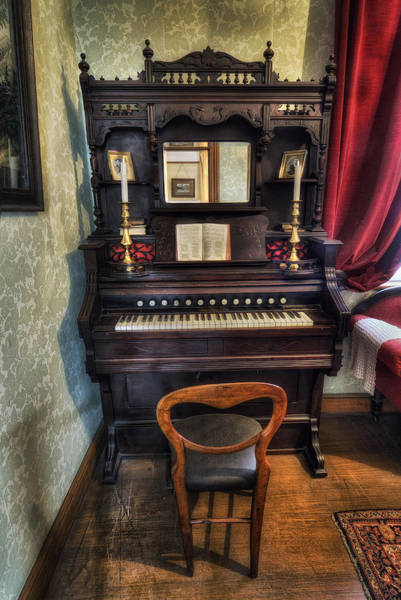 Olde Piano Poster