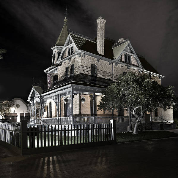 Rosson House Haunted Black And White Poster