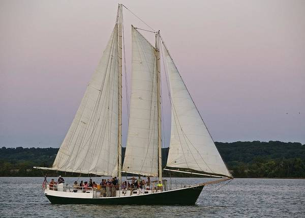 Sailing On The Potomac Poster