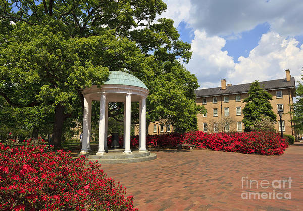 The Old Well At Chapel Hill Campus Poster