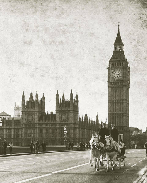 Vintage Horse And Carriage In London Poster