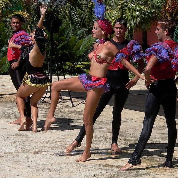 Cuba Dance Poster