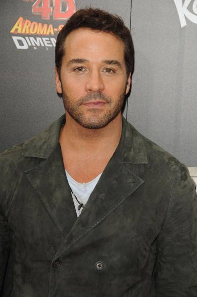 Jeremy Piven At Arrivals For World Poster