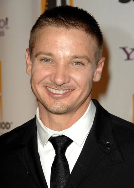 Jeremy Renner At Arrivals For The Poster