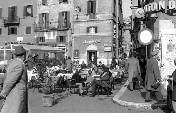 Poster featuring the photograph An Ordinary Day In Trastevere by Emanuel Tanjala