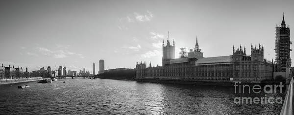 Black And White View Of Thames River And House Of Parlament From Poster