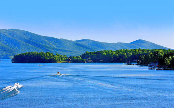 Boaters On Smith Mountain Lake Poster